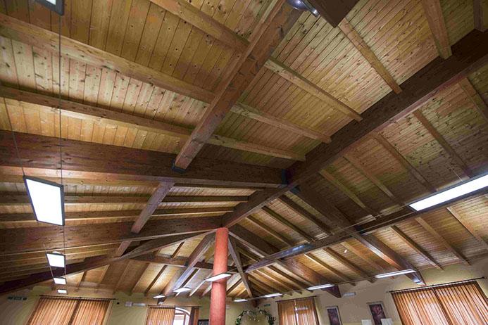 dettaglio di una copertura in legno