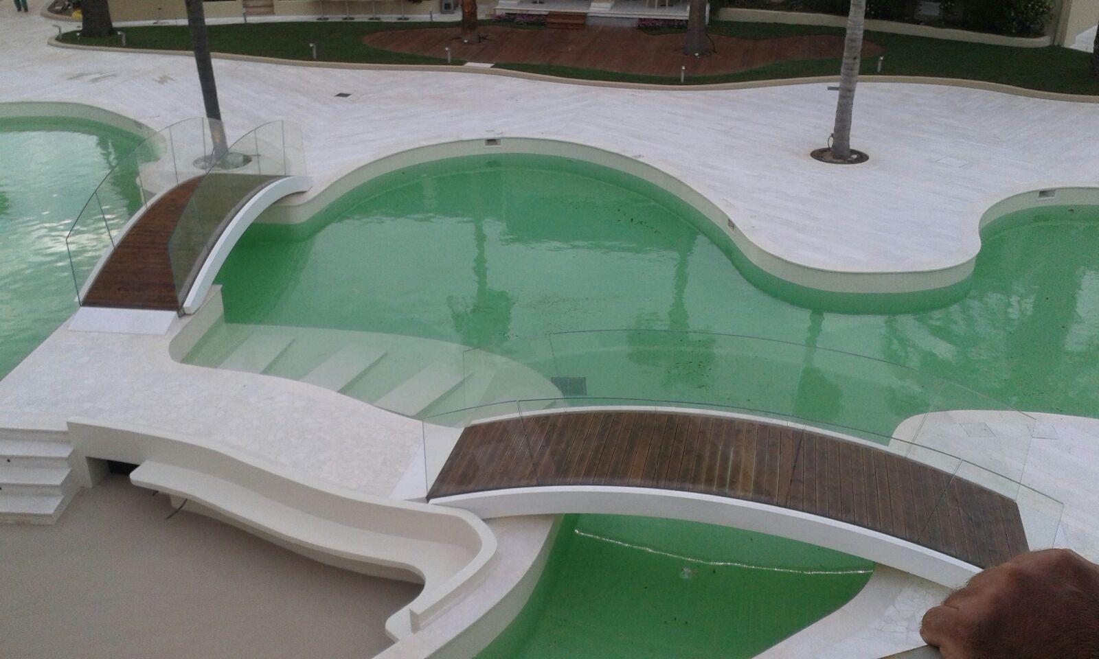 Passerelle per piscine