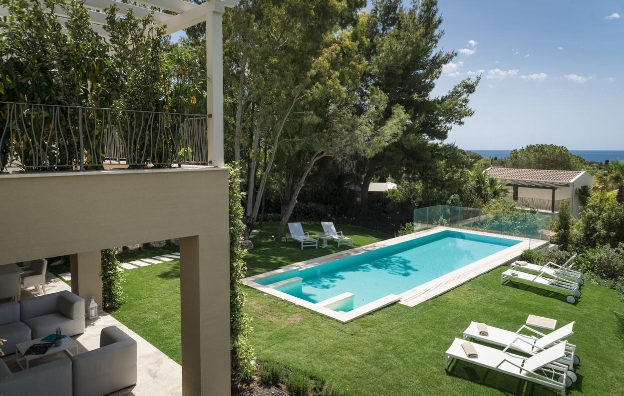 Vista giardino della villa Margherita