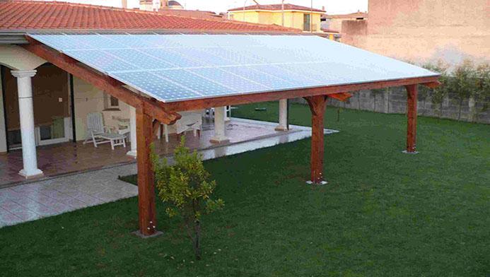 Strutture in legno con fotovoltaico